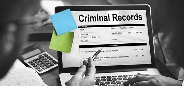 Direct-Court-Searches-versus-Criminal-Database-Services