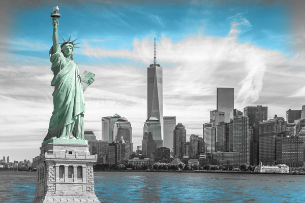 new-york-skyline-with-statue-of-liberty